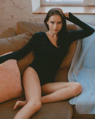 Полина Гренц слитые фото