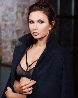 Эвелина Бледанс голая