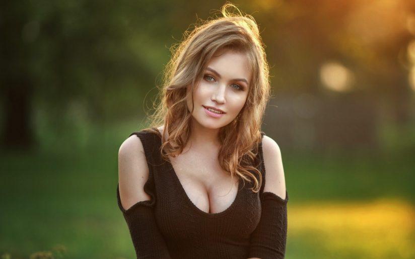 Nicole Young голая
