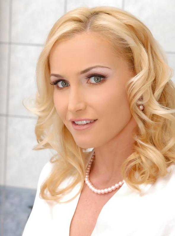 Катя Нобили эро фото